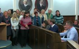 Група вчителів ліцею №4 Чернівців обурилась через заяви депутатів про «секс-скандал»