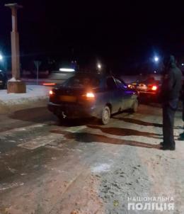 59-річний водій «Daewoo Lanos» на пішохідному переході у Хотині збив бабусю