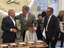 Віктор Ющенко приїхав на Буковину на 70-річчя Володимира Івасюка (фото)