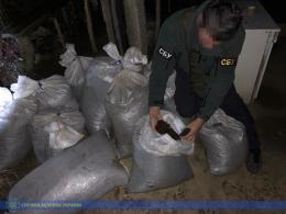 На Буковині СБУ затримала контрабанду бурштину