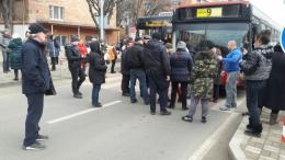 Група чернівчан перекрила рух на проспекті: протестують через відключення газу