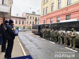 Буковинські поліцейські повернулися із зони бойових дій