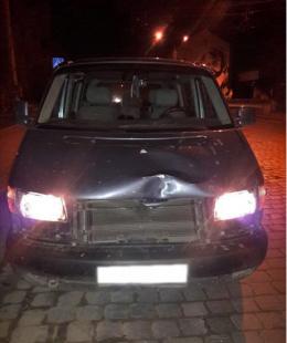 У Чернівцях нацгвардійці затримали водія, який збив дівчину і намагався втекти