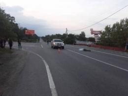 Буковинець, який в Тарашанах на «Lexus RX 330» збив на смерть пішохода, отримав умовне покарання