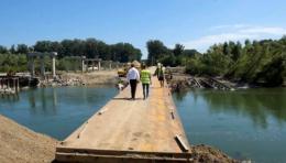 У Маршинцях встановили тимчасовий пішохідний міст