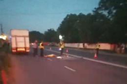 """На Буковині мікроавтобус """"Мерседес"""" збив на смерть велосипедиста (відео)"""