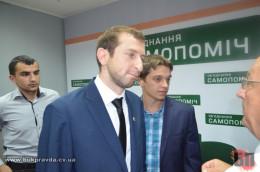 """Керівник міської """"Самопомочі"""" Гищук відповів депутату Сорохан: «Це наш лідер, а не «дядько з малявою»"""