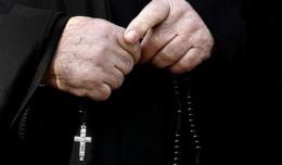 У Чернівцях вирішують долю священнника, який розповсюджував ідеї Аллатри