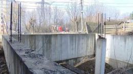 У Чернівцях депутати не побачили небезпеки у будівництві поблизу високовольтних ліній (відео)