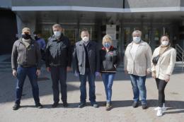 П'ятеро медиків з Дніпра відправились до Чернівців, щоб допомогти лікарям боротись із COVID