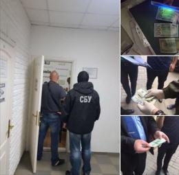 У Чернівцях суд оштрафував посередника у справі про хабар чиновниці Чернівецької міськради