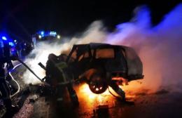 На об'їзній під час ДТП у Чернівцях згоріло авто