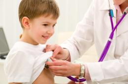У Чернівцях планують зберегти можливість виклику дитячого лікаря додому