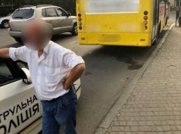 У Чернівцях оштрафували водія маршрутки, який проїхав на червоне світло