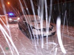 """У Чернівцях поліція затримала п'яного водія """"Мерседеса"""" (фото)"""