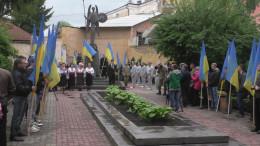У  зв'язку з Днем пам'яті жертв політичних репресій біля пам'ятника воякам Буковинського куреня відбудеться мітинг