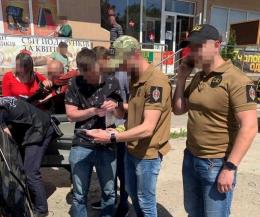На посту «Кельменці» на хабарі 1200 доларів затримали ще одного прикордонника