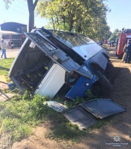 У поліції повідомили подробиці аварії у Коровії за участі маршрутного автобуса