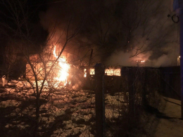 У центрі Чернівців посеред ночі виникла пожежа