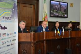 Фахівці з різних країн беруть участь в авіаційно-туристичному форумі у Чернівцях