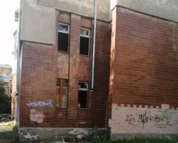 У Чернівцях діти викликали поліцію на чоловіка, який ходив голий біля школи