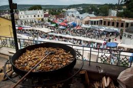 Петрівський ярмарок у Чернівцях приніс понад 800 тисяч гривень до бюджету