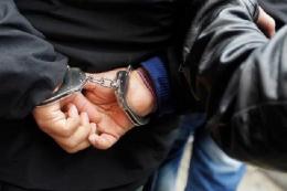 У Чернівцях затримали злодія, що поцупив сумку у жінки (відео)