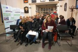 У Чернівцях знову вимагали звільнити головного лікаря пологового будинку Дмитра Манчуленка (фото)