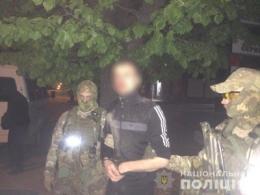 У Чернівцях затримали жителя Прикарпаття, який продавав амфетамін