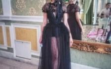 Суперблондинка Оля Полякова приїхала до Чернівців проводити весілля (фото)