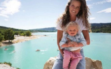 Екс-чернівчанка Інна Цимбалюк показала обличчя доньки