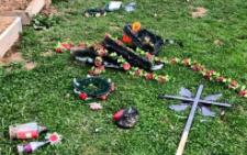 На Буковині суд пожалів зловмисника за розгром могил, а він викрав авто