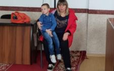 На Буковині виховательку дитсадка звинуватили у жорстокому побитті 4-річного хлопчика (відео)