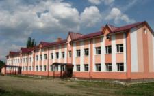На Буковині відкриють школу, яку будували майже шість років