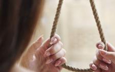 У Чернівцях в будинку, де нещодавно помер школяр, повісилась 17-річна дівчина