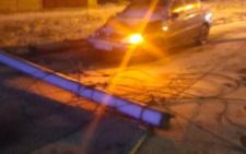 У Чернівцях п'яний водій на  Daewoo Lanos влетів в електроопору (фото)