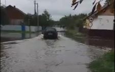 Через негоду вулиці Вашківців перетворилися на ріки (відео)