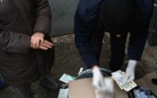 На Буковині голова відділення антикорупційної комісії брав хабарі
