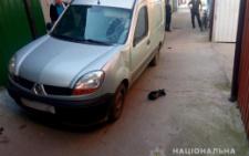 На ринку в Чернівцях «Рено» збив велосипедиста (фото)