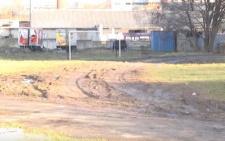 У Чернівцях тепловики через ремонт теплотраси пошкодили спортивний майданчик (відео)