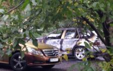 У Чернівцях за добу згоріли BMW і джип