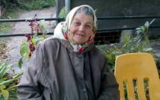 Жінку, яка ночувала на лавиці у Чернівцях, поселять у геріатричний пансіонат