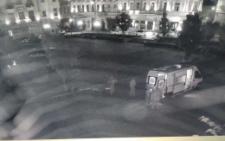 У Чернівцях на площі Філармонії сталась стрілянина