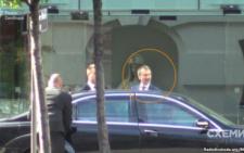 Екс-голова Чернівецької ОДА з пасинком літав до Австрії на день народження Фірташа (фото+відео)