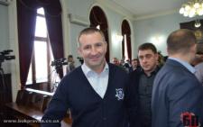 У Чернівцях депутат міськради за 700 тисяч гривень придбав BMW у головного лікаря кардіодиспансеру