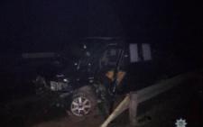 На Буковині мікроавтобус врізався у відбійник та перекинувся, є постраждалі (фото)