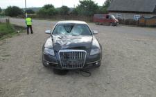 На Буковині п'яний водій на швидкості збив пішохода, чоловіка розірвало навпіл (фото)