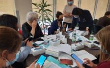 У Чернівцях лабораторний центр для перевірки самоізоляції отримав 90 мобільних телефонів та два комп'ютери
