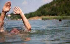 У водоймах Буковин за добу втопилися двоє чоловіків