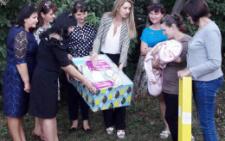 На Кіцманщині вручено перші «пакунки малюка» (фото)